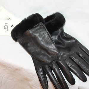UGG Classic Leather Smart Glove Women's Faux Fur